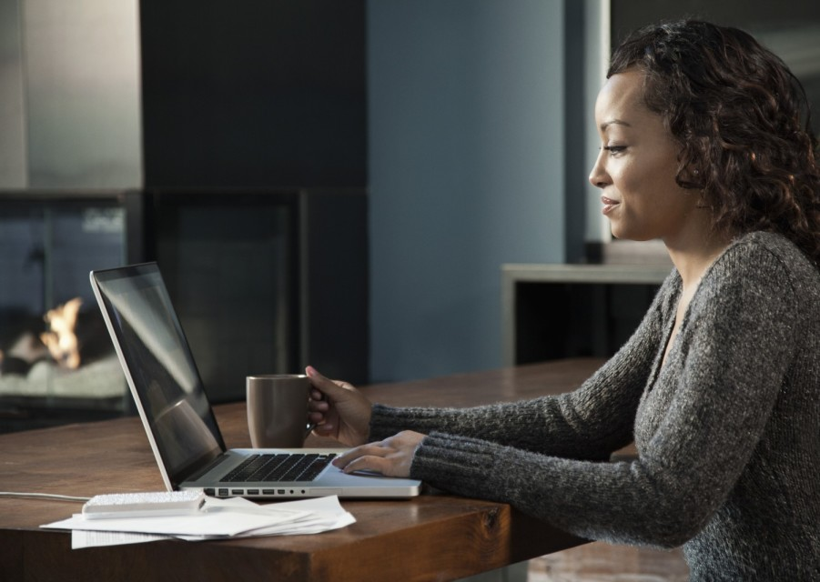 [Sista In Success] 4 Ways Black Business Women Can Standout Online
